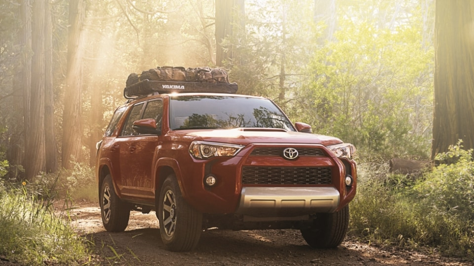 Awd 4wd Toyota Cars Suvs Balise Toyota Of Warwick Serving