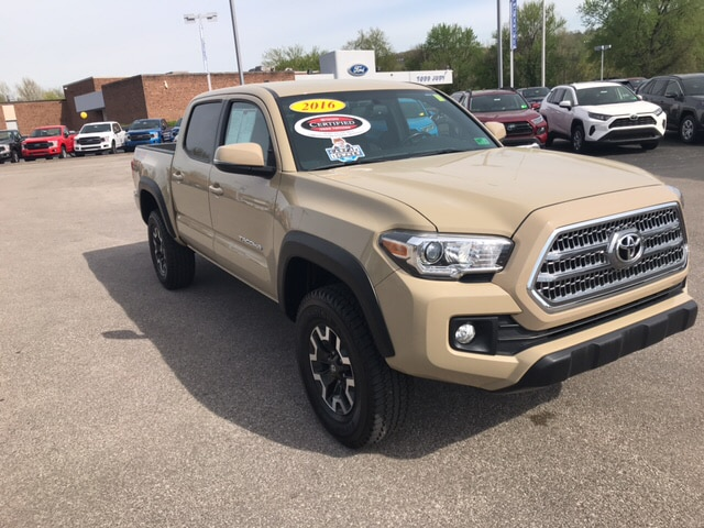 2016 Toyota Tacoma Off Road Truck Double Cab