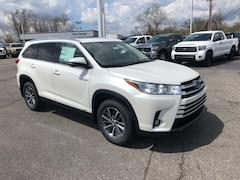 New 2019 Toyota Highlander Hybrid XLE  SUV