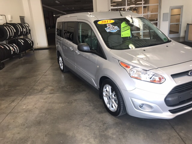 2017 Ford Transit Connect XLT w/Rear Liftgate Wagon