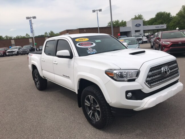 2017 Toyota Tacoma Sport 4x4 Truck Double Cab