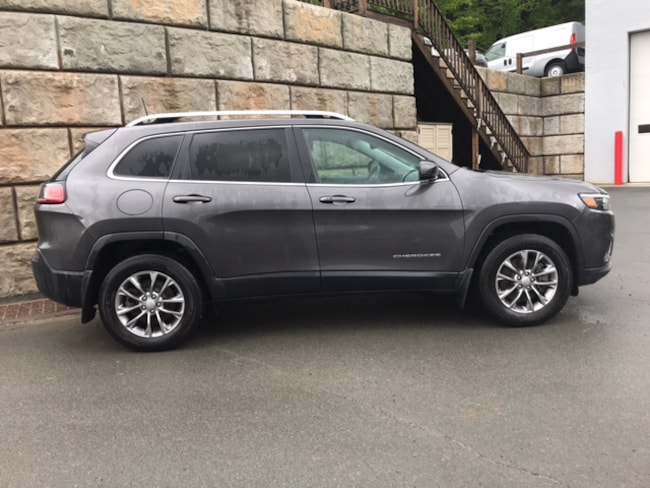 Used 2019 Jeep Cherokee Latitude Plus 4x4 SUV for sale in Honesdale at B & B Chrysler Dodge Jeep Ram