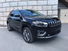 2019 Jeep Cherokee OVERLAND 4X4 Sport Utility 1C4PJMJNXKD230413