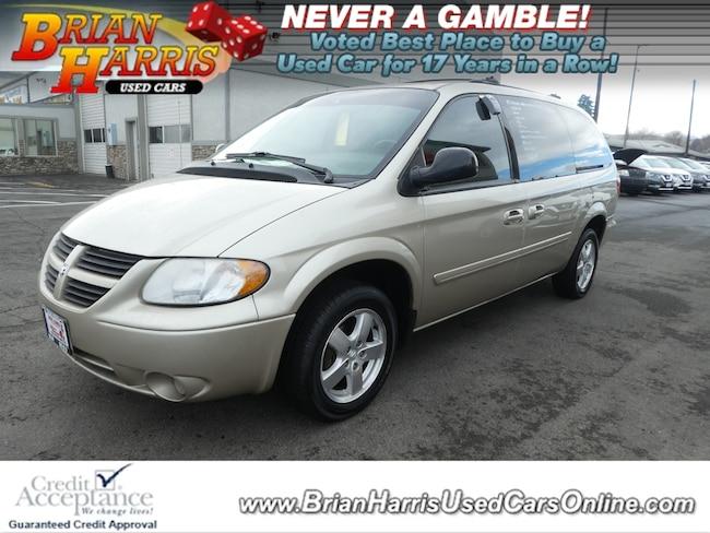 2005 Dodge Grand Caravan SXT Van