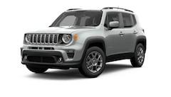 New 2019 Jeep Renegade LATITUDE 4X4 Sport Utility ZACNJBBB2KPJ79472 near Madison WI in Baraboo