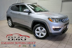 New 2019 Jeep Compass LATITUDE 4X4 Sport Utility 3C4NJDBB5KT599153 near Madison WI in Baraboo