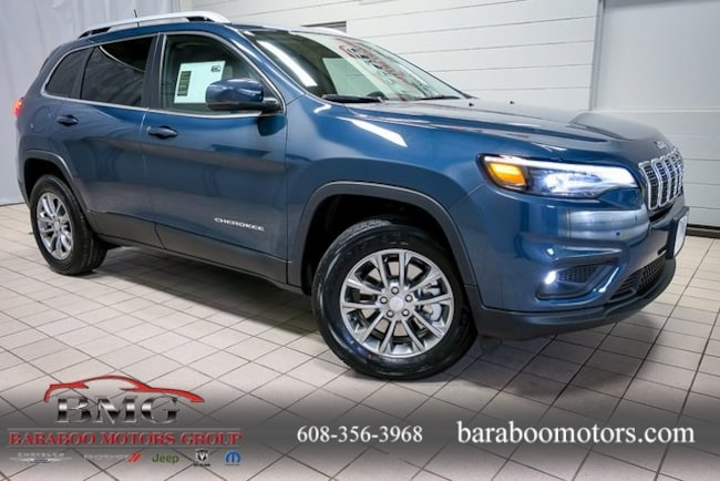 New 2019 Jeep Cherokee LATITUDE PLUS 4X4 Sport Utility near Madison WI in Baraboo