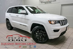 New 2018 Jeep Grand Cherokee ALTITUDE 4X4 Sport Utility 1C4RJFAG3JC449000 near Madison WI in Baraboo