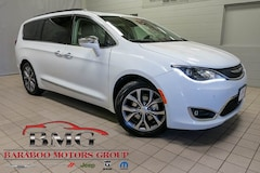 New 2019 Chrysler Pacifica LIMITED Passenger Van 2C4RC1GG8KR528465 near Madison WI in Baraboo