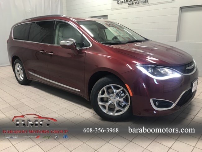 New 2019 Chrysler Pacifica LIMITED Passenger Van near Madison WI in Baraboo