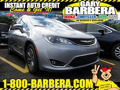2018 Chrysler Pacifica Hybrid LIMITED Passenger Van Front-wheel Drive