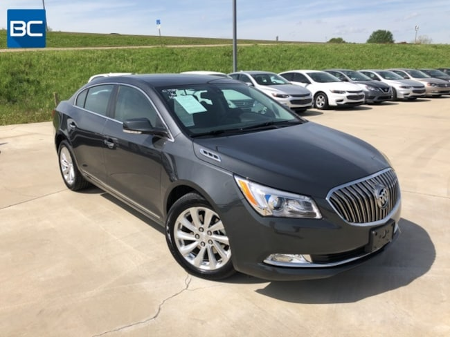 Used vehicle 2016 Buick LaCrosse Leather Sedan for sale near you in Tupelo, MS