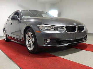2015 BMW 328i xDrive BLOWOUT PRICING!! - MOONROOF!! - HEATED SEATS!! Sedan
