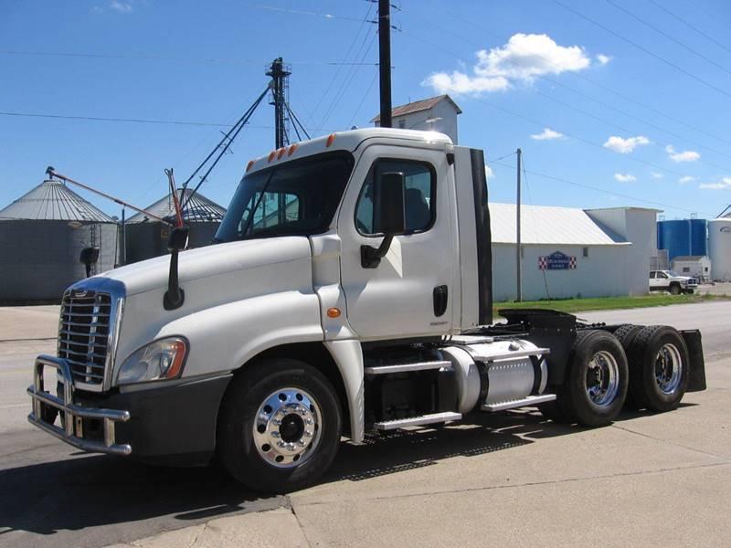 2012 Freightliner Freightliner Heavy-Construction Equipment