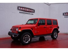 New 2019 Jeep Wrangler UNLIMITED SAHARA 4X4 Sport Utility Fort Payne, Alabama