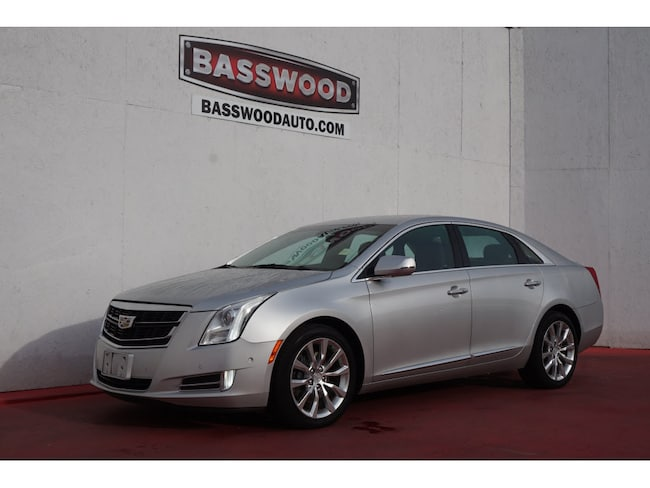 Used 2017 Cadillac XTS Luxury Luxury  Sedan Fort Payne, Alabama