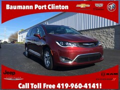 New Chrysler Dodge Jeep Ram 2019 Chrysler Pacifica LIMITED Passenger Van 2C4RC1GG0KR666646 for sale in Port Clinton, OH