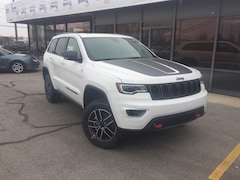 New 2019 Jeep Grand Cherokee TRAILHAWK 4X4 Sport Utility 1C4RJFLG4KC660608 for Sale in Fremont, OH