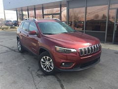 New 2019 Jeep Cherokee LATITUDE PLUS 4X4 Sport Utility for Sale in Fremont, OH