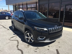 New 2019 Jeep Cherokee LIMITED 4X4 Sport Utility for Sale in Fremont, OH