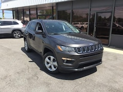 New 2018 Jeep Compass LATITUDE 4X4 Sport Utility 3C4NJDBB2JT400106 for Sale in Fremont, OH