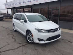 New 2019 Chrysler Pacifica TOURING PLUS Passenger Van for Sale in Fremont, OH