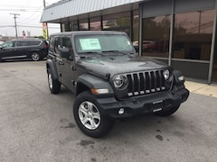 New 2018 Jeep Wrangler UNLIMITED SPORT S 4X4 Sport Utility 1C4HJXDNXJW252626 for Sale in Fremont, OH