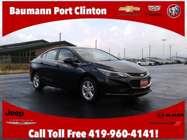 Featured Used 2017 Chevrolet Cruze LT Auto Sedan for sale in Fremont, OH