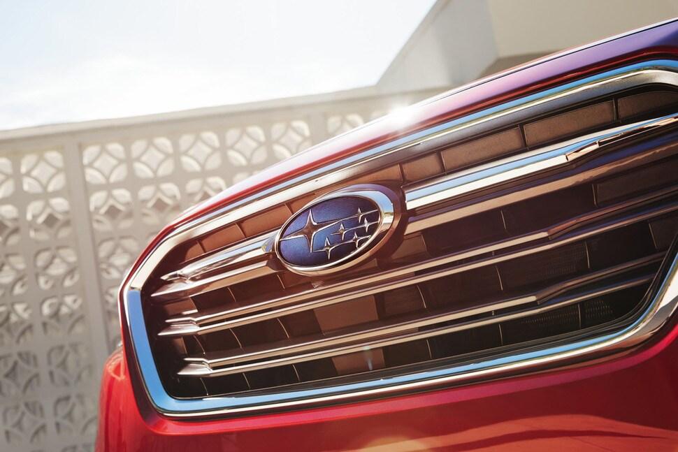 2018 Subaru Legacy logo and grill
