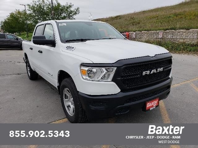 2019 Ram All-New 1500 TRADESMAN CREW CAB 4X4 5'7 BOX Truck