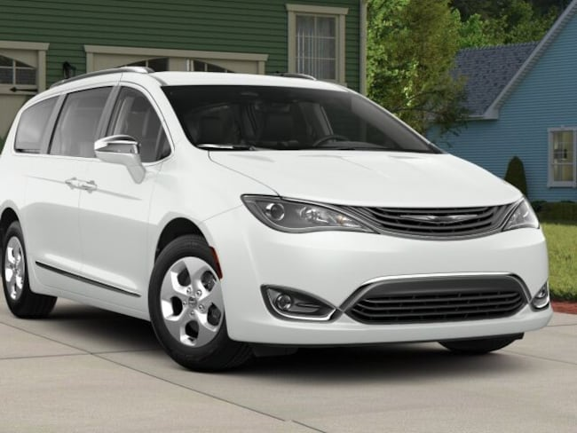 Chrysler For Sale >> New 2018 Chrysler Pacifica Hybrid Limited For Sale In Panama City