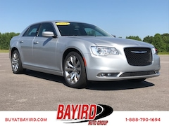 New Dodge Chrysler Jeep Ram 2019 Chrysler 300 TOURING L Sedan 2C3CCAAG5KH635143 for sale in Paragould, AR