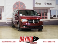 Used 2017 Dodge Grand Caravan SXT Van 2C4RDGCG6HR604070 for Sale in Kennett