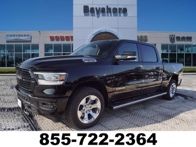 2019 Ram 1500 LONE STAR CREW CAB 4X4 Crew Cab for sale in Baytown, TX at Bayshore Chrysler Jeep Dodge Ram