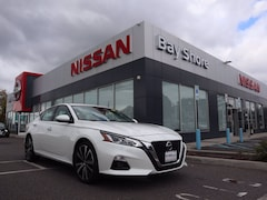 Used 2019 Nissan Altima 2.5 Platinum Sedan for Sale on South Shore at Nissan of Bay Shore