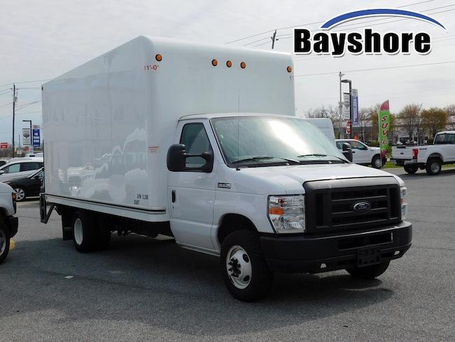 2018 Ford E-Series Cutaway Base Truck