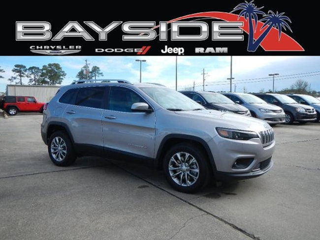 New 2019 Jeep Cherokee LATITUDE PLUS FWD Sport Utility near Biloxi, MS