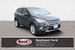 New 2019 Ford Escape SE SUV serving Houston