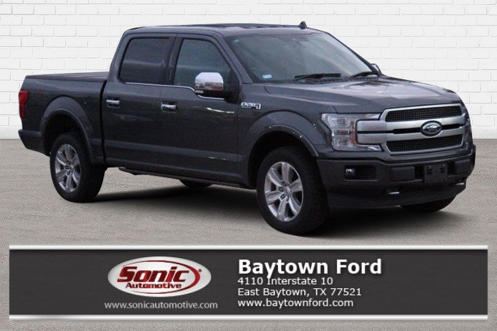 2018 Ford F-150 Platinum  4WD Supercrew 5.5 Box Truck SuperCrew Cab