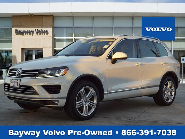 Used 2016 Volkswagen Touareg VR6 Executive 4MOTION SUV in Houston TX