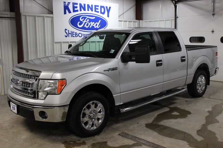 2013 Ford F-150 SuperCrew XLT PICKUP