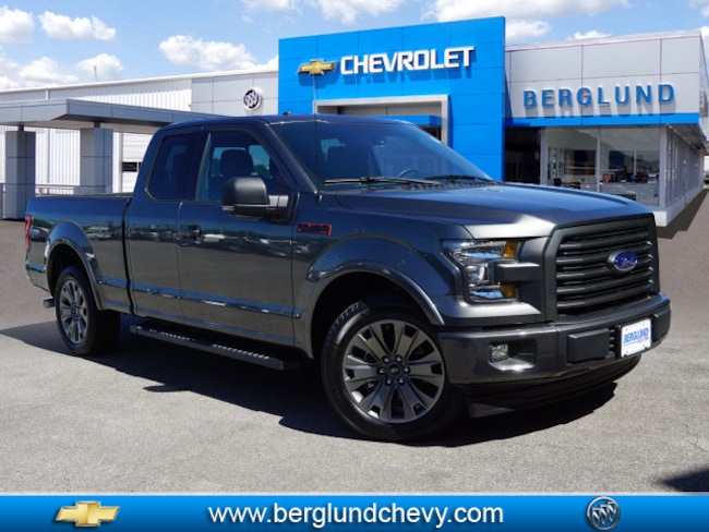 2017 Ford F-150 XLT 4x2 XLT  SuperCab 6.5 ft. SB