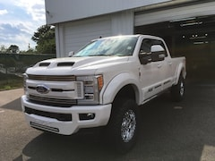 2019 Ford F-250SD Lariat Tuscany Truck