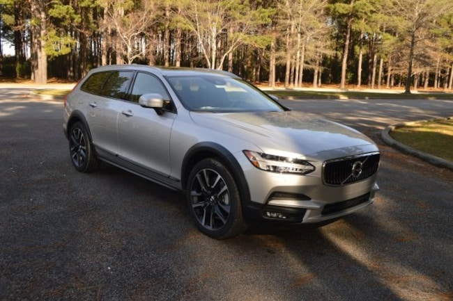 New 2018 Volvo V90 Cross Country T6 AWD Wagon For sale near