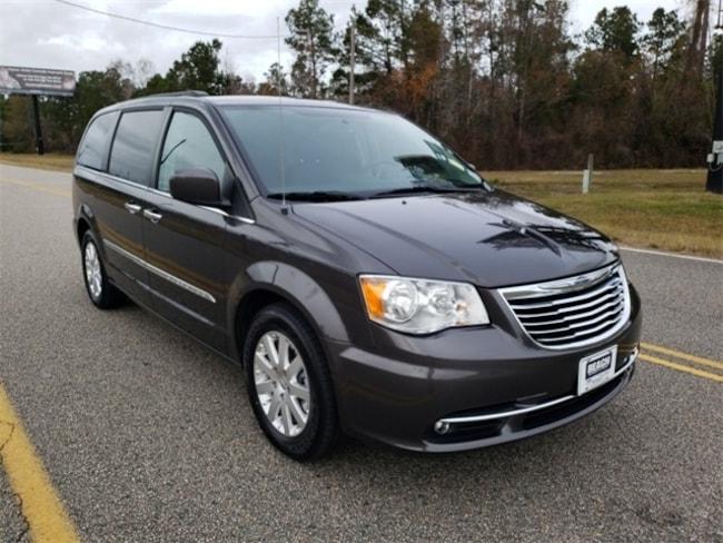 Used 2016 Chrysler Town & Country Touring Van LWB Passenger Van ForsalenearShallotteNC