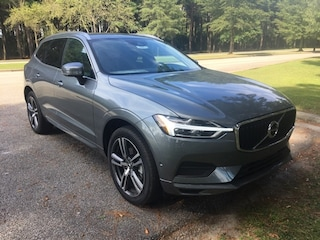 New 2018 Volvo XC60 T5 AWD Momentum SUV LYV102RK2JB087148 For Sale in Myrtle Beach SC