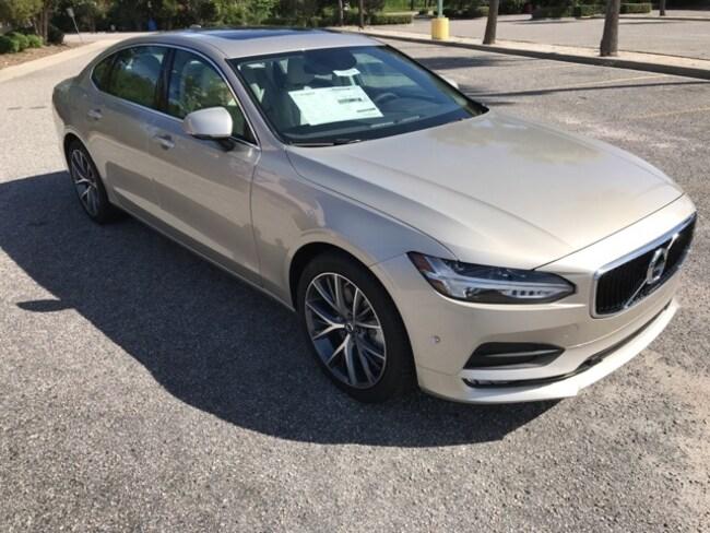 New 2018 Volvo S90 T6 AWD Momentum Sedan For sale near