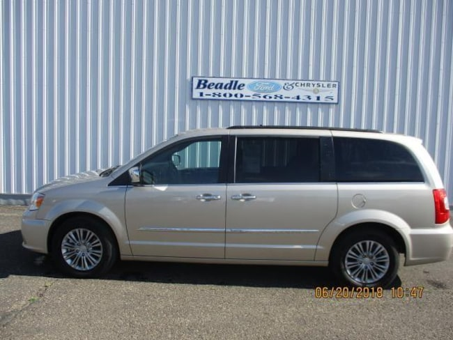 Used 2016 Chrysler Town Country Touring L For Sale In Bowdle Sd