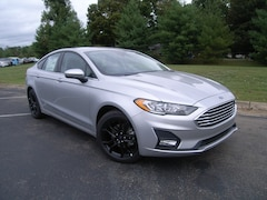 New 2019 Ford Fusion SE Sedan 00005872 in Dickson, TN