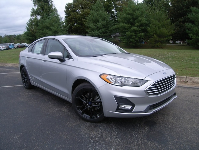 New 2019 Ford Fusion SE Sedan in DIckson, TN